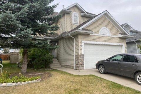 House for sale at 12 Citadel Estate Te NW Calgary Alberta - MLS: A1036870