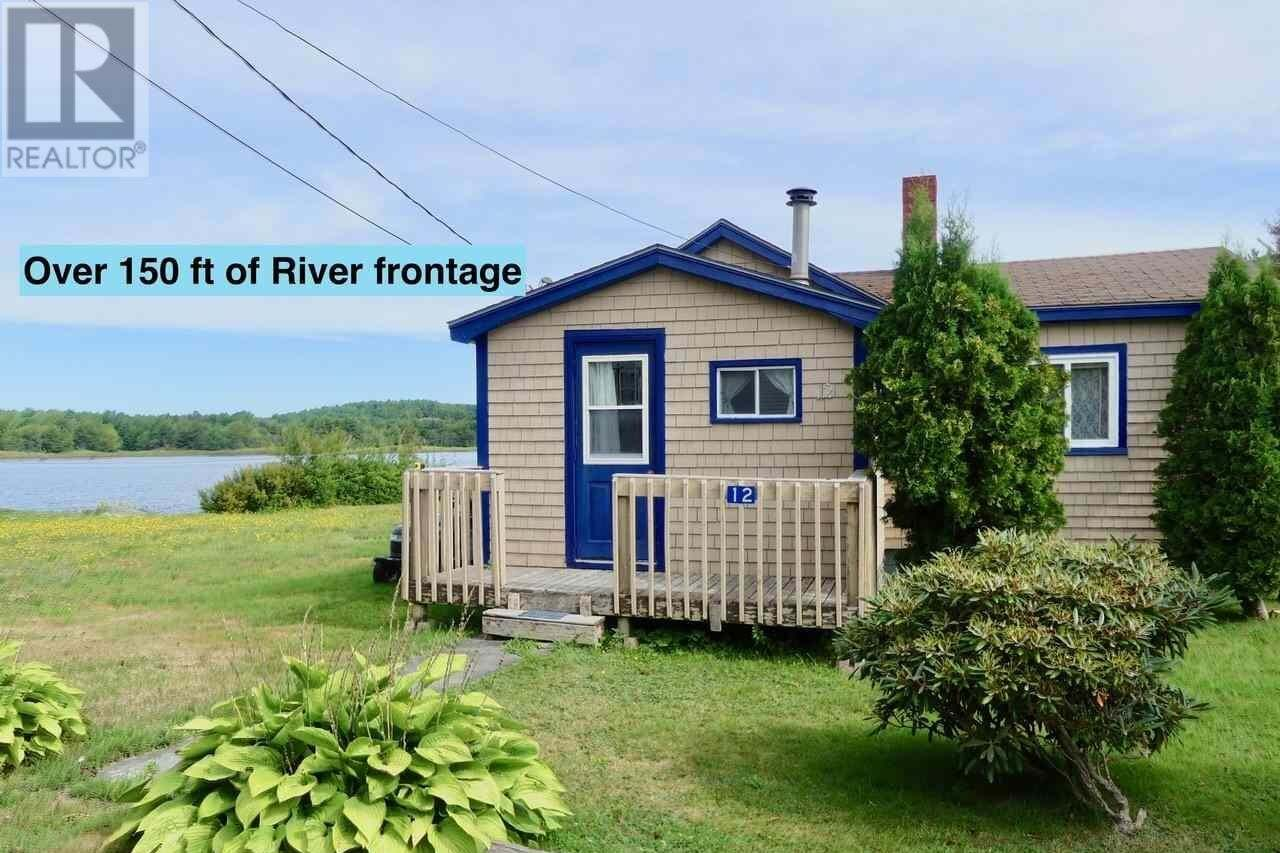 House for sale at 12 Cowie St Liverpool Nova Scotia - MLS: 201922401