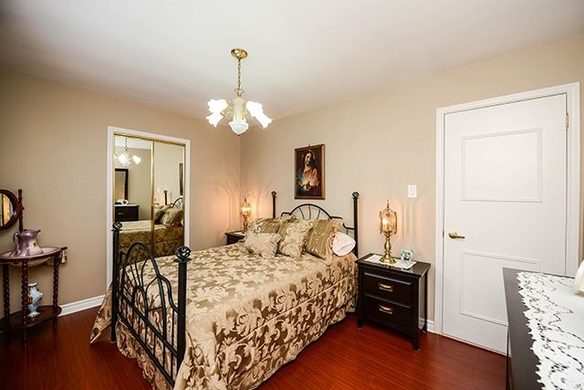 For Sale: 12 Dantek Court, Brampton, ON   2 Bed, 2 Bath Townhouse for $659,990. See 20 photos!
