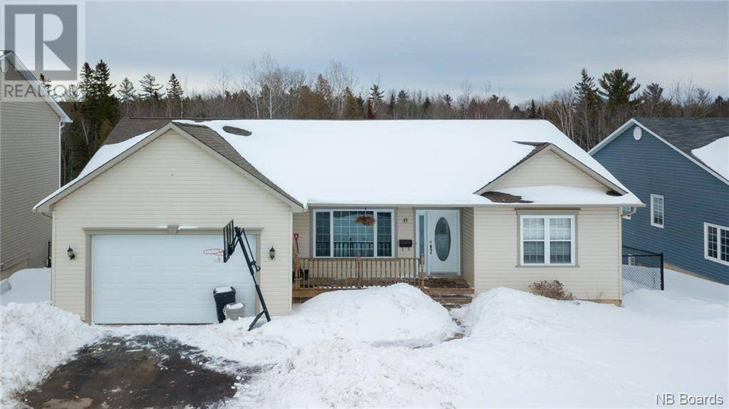 House for sale at 12 Dawson Dr Oromocto New Brunswick - MLS: NB041525