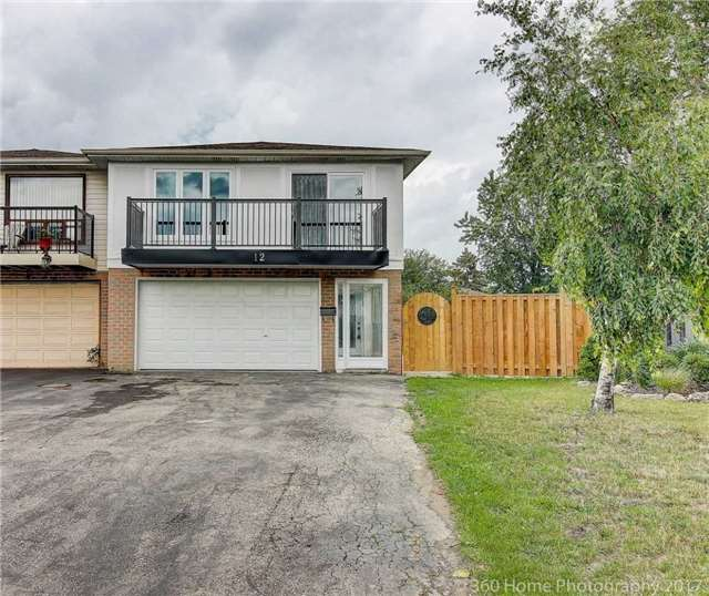 12 Gladeside Place, Brampton — For Sale @ $670,000