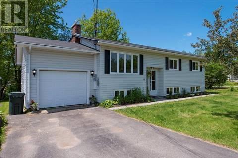 House for sale at 12 Glengarry Dr Saint John New Brunswick - MLS: NB027725