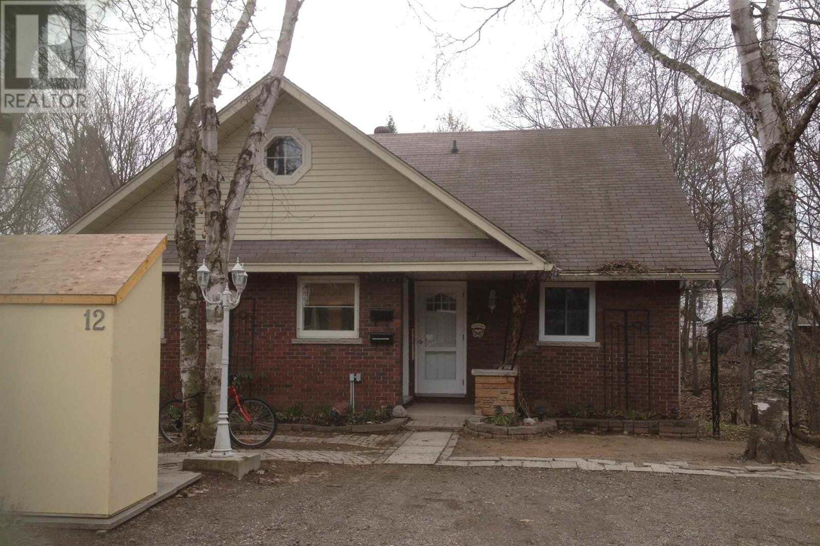 Townhouse for sale at 12 Laurier Pl Sault Ste. Marie Ontario - MLS: SM129055