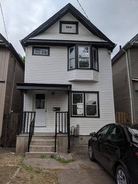 House for sale at 12 Lincoln St Hamilton Ontario - MLS: X4504605