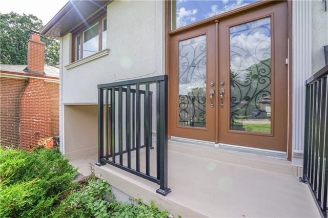 Removed: 12 Lochinvar Crescent, Toronto, ON - Removed on 2018-08-04 09:54:27