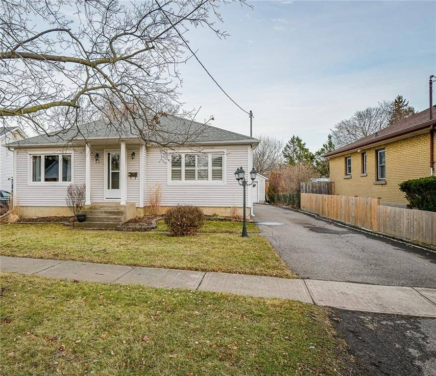 House for sale at 12 Lora St St. Catharines Ontario - MLS: 30781848