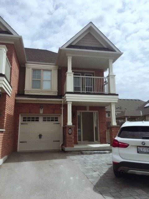 Townhouse for rent at 12 Magnetic Ln Whitchurch-stouffville Ontario - MLS: N4385992