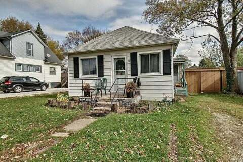 House for sale at 12 Poplar St Leamington Ontario - MLS: X4962256