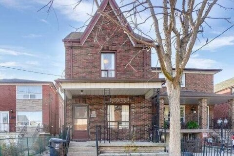 House for sale at 12 Somerset Ave Toronto Ontario - MLS: C4997525