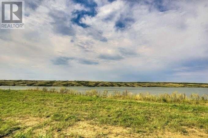 Home for sale at 12 Sunset Blvd Buffalo Pound Lake Saskatchewan - MLS: SK827266