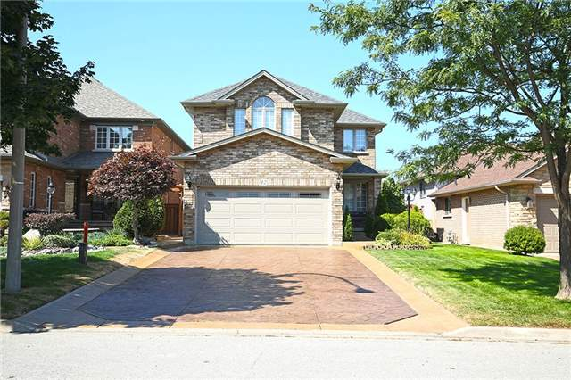 For Sale: 12 Tamarack Court, Grimsby, ON | 3 Bed, 4 Bath House for $689,900. See 14 photos!