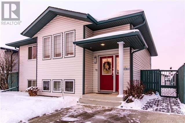 House for sale at 12 Tennyson Cs Lacombe Alberta - MLS: ca0184906