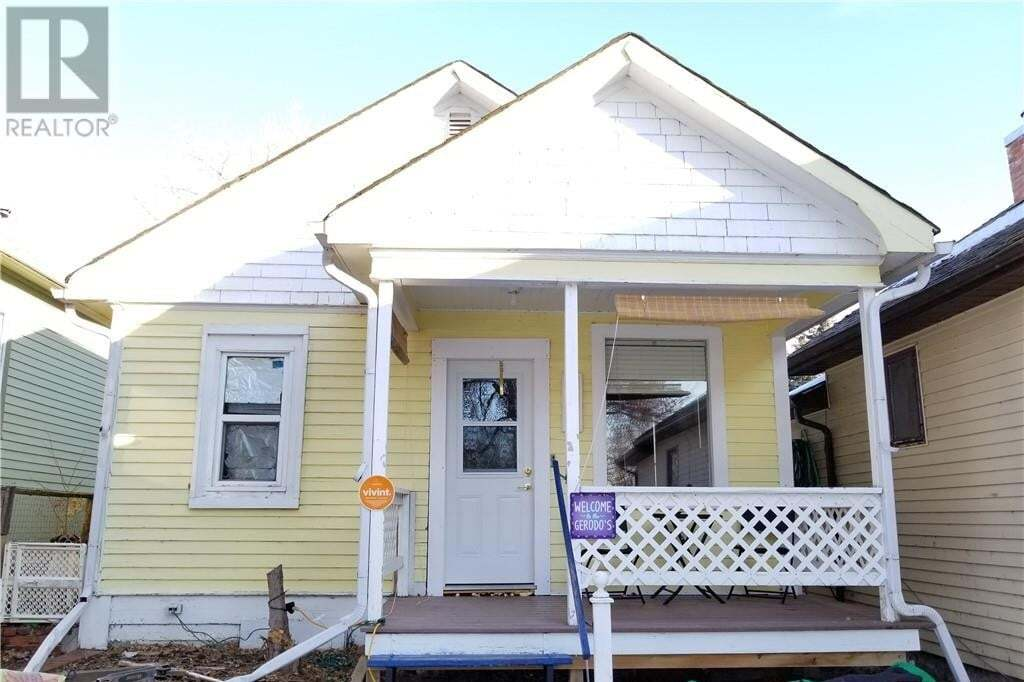 House for sale at 120 3 St Drumheller Alberta - MLS: SC0192157
