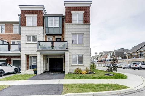 Townhouse for sale at 120 Baycliffe Cres Brampton Ontario - MLS: W4631347