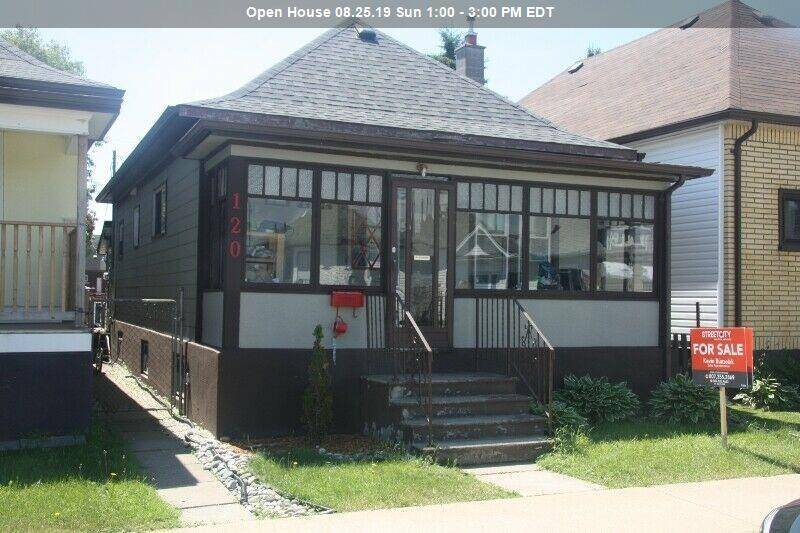 House for sale at 120 Brock  E Thunder Bay Ontario - MLS: TB192084