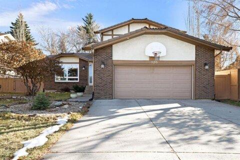 House for sale at 120 Deerbrook Rd SE Calgary Alberta - MLS: A1046597