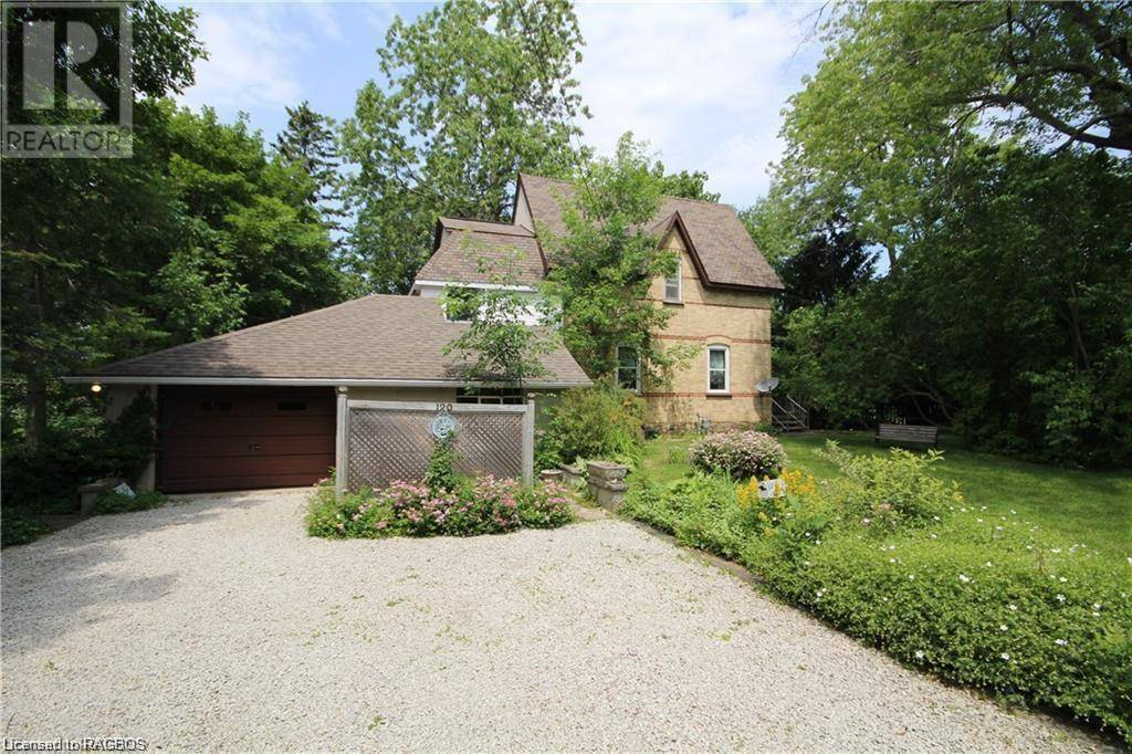 House for sale at 120 Elm St Wiarton Ontario - MLS: 240153
