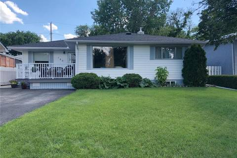 House for sale at 120 Gibbs St W Swift Current Saskatchewan - MLS: SK777578