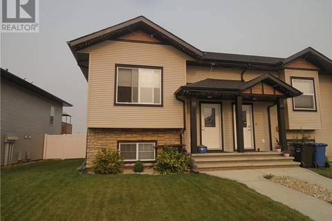 Townhouse for sale at 120 Henderson Cres Penhold Alberta - MLS: ca0160796