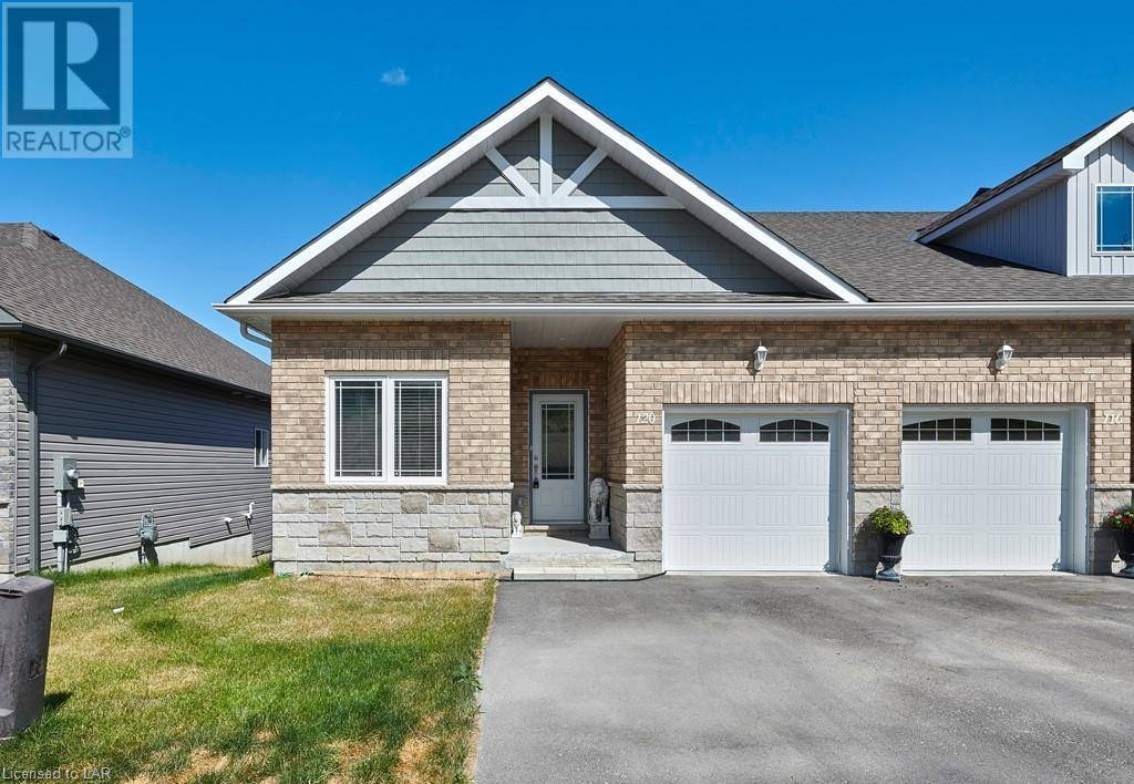 Townhouse for sale at 120 Lily Dr Orillia Ontario - MLS: 209180