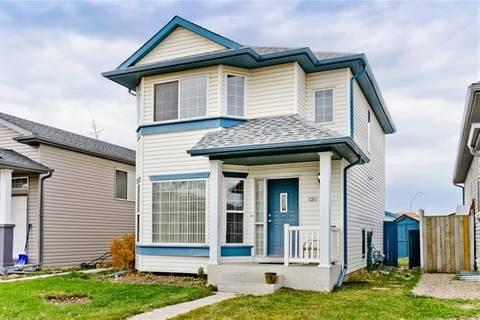 House for sale at 120 Martin Crossing Manr Northeast Calgary Alberta - MLS: C4256043