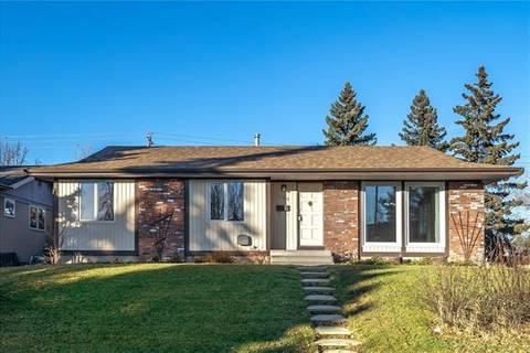 House for sale at 120 Marwood Circ Northeast Calgary Alberta - MLS: C4275586