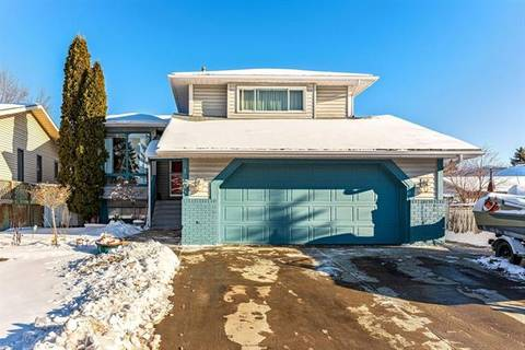 House for sale at 120 Mckinley Wy Southeast Calgary Alberta - MLS: C4277993
