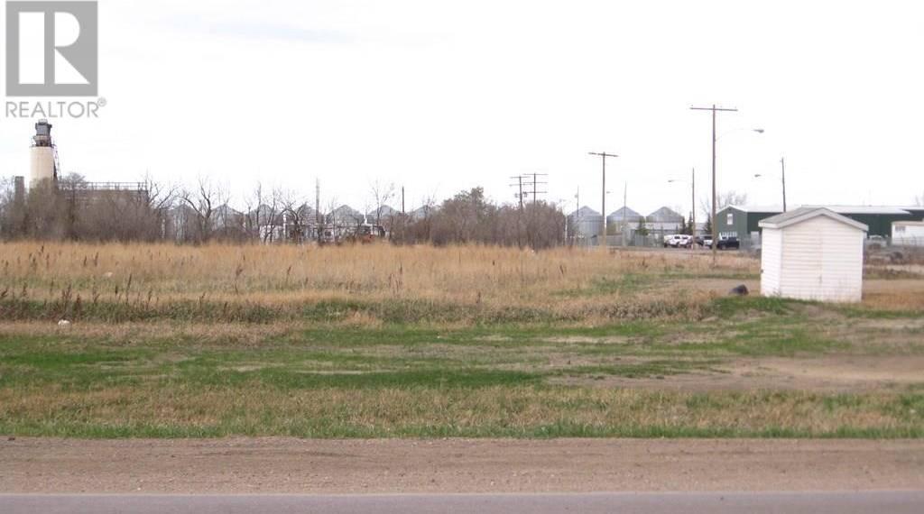 Home for sale at 120 Service Rd North Moose Jaw Saskatchewan - MLS: SK791273