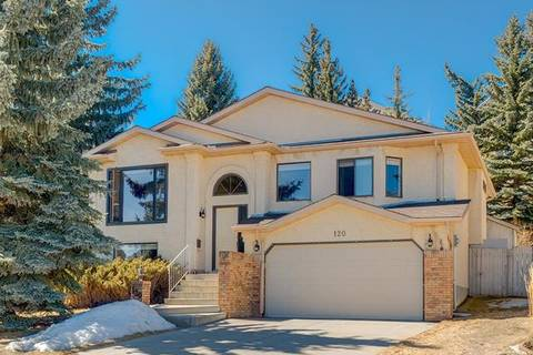 House for sale at 120 Signal Hill Pl Southwest Calgary Alberta - MLS: C4293851