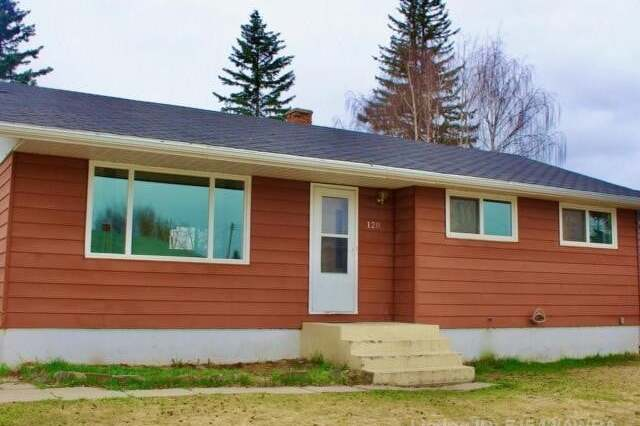 House for sale at 120 Webb Street  Hinton Alberta - MLS: AW51542
