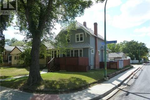 House for sale at 1200 Robinson St Regina Saskatchewan - MLS: SK777224