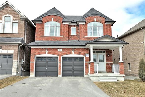 For Sale: 1202 Atkins Drive, Newmarket, ON | 4 Bed, 4 Bath House for $1,089,000. See 20 photos!