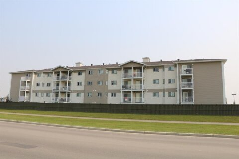 Condo for sale at 12025 Royal Oaks Dr Grande Prairie Alberta - MLS: A1044994