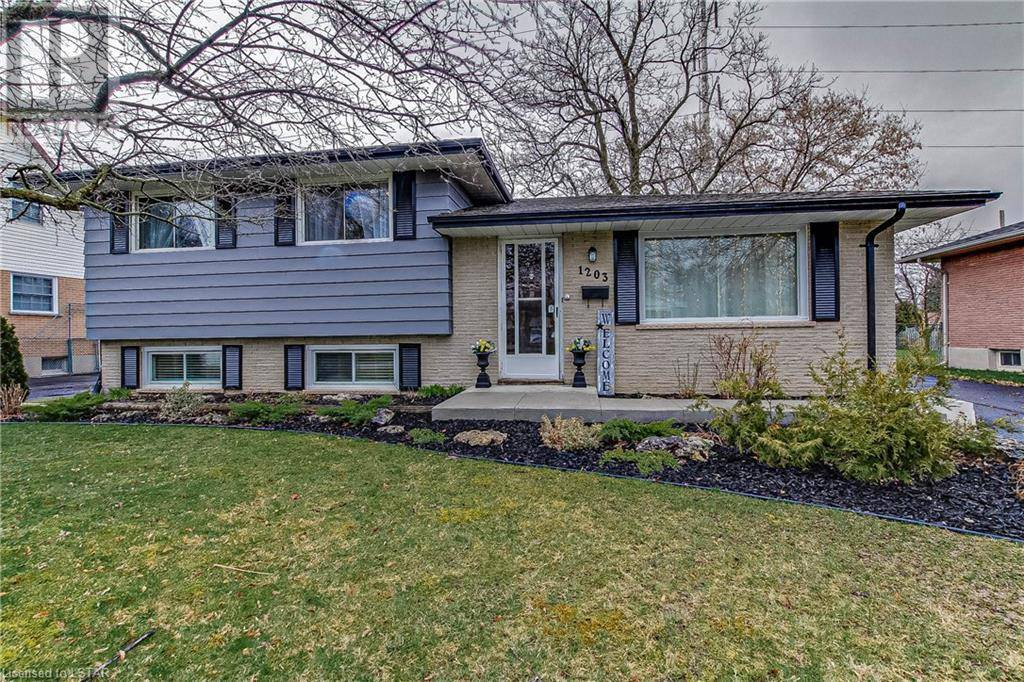 House for sale at 1203 Addison Dr London Ontario - MLS: 253404