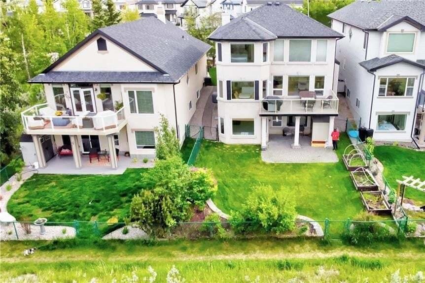 House for sale at 12030 Valley Ridge Dr NW Valley Ridge, Calgary Alberta - MLS: C4288211
