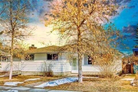 House for sale at 12032 Candiac Rd Southwest Calgary Alberta - MLS: C4293233