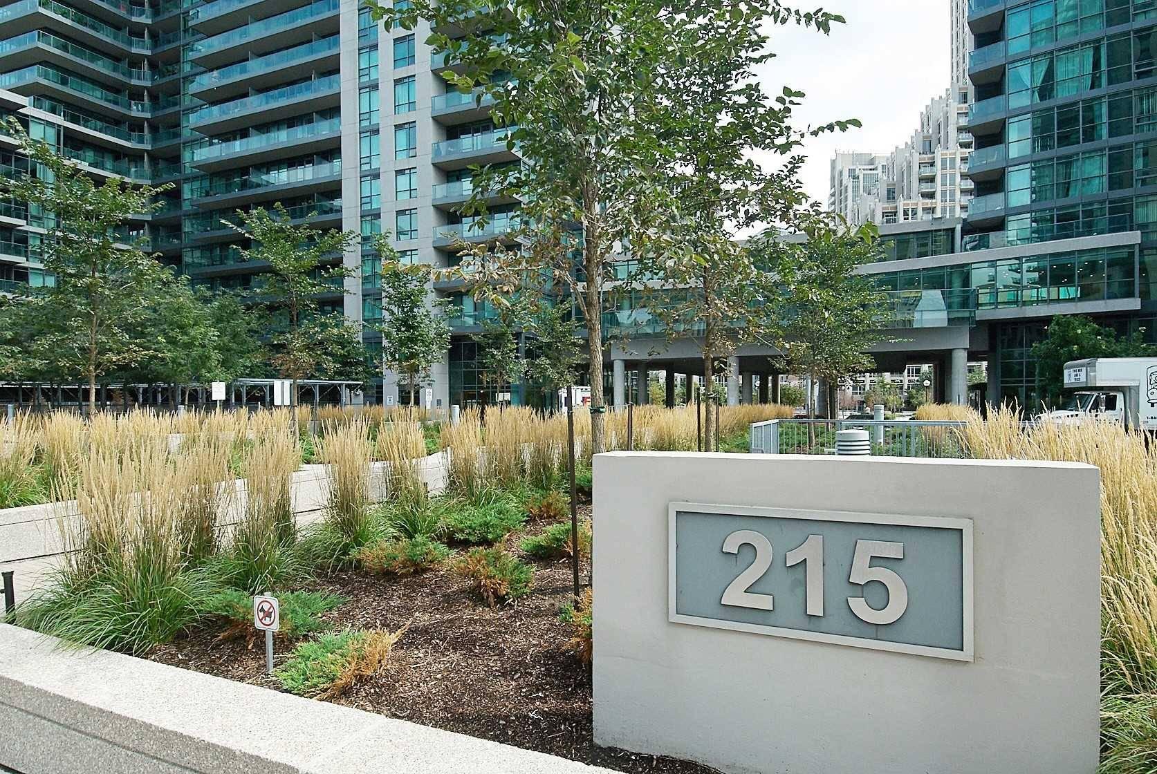 Apartment for rent at 215 Fort York Blvd Unit 1204 Toronto Ontario - MLS: C4652950