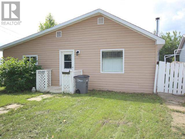 House for sale at 1205 105 Ave Dawson Creek British Columbia - MLS: 180144