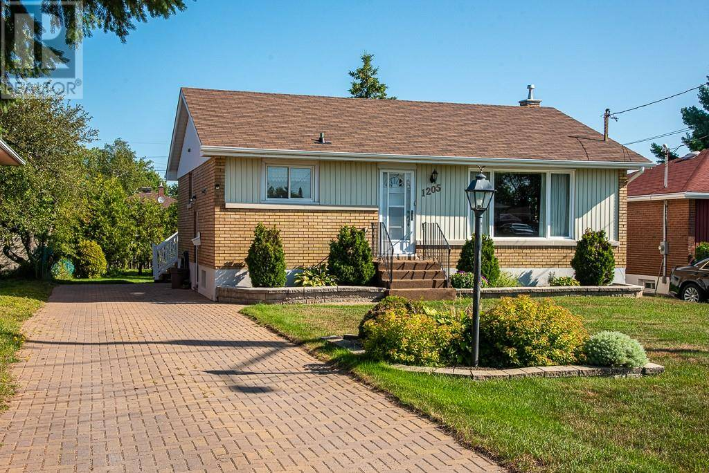 House for sale at 1205 Hastings Cres Sudbury Ontario - MLS: 2079245