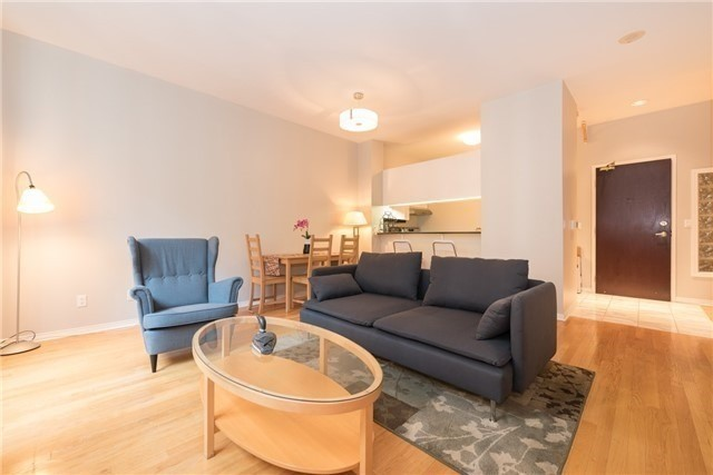 For Rent: 1206 - 7 King Street, Toronto, ON | 2 Bed, 2 Bath Condo for $3,250. See 11 photos!