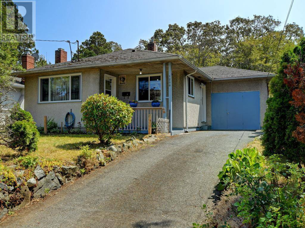 House for sale at 1209 Finlayson St Victoria British Columbia - MLS: 414304