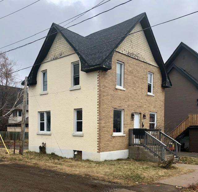 House for sale at 1209 Walsh St E Thunder Bay Ontario - MLS: TB193682
