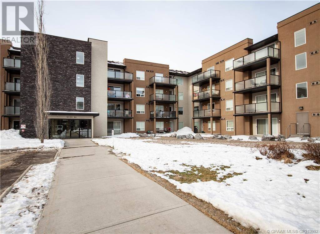Condo for sale at 9120 96 Ave Unit 121 Grande Prairie Alberta - MLS: GP213992