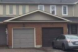 Townhouse for sale at 121 Albert St Kawartha Lakes Ontario - MLS: X4943845