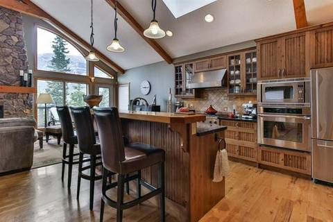 121 Casale , Canmore | Image 2