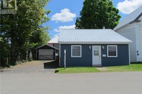 House for sale at 121 Charlotte St Woodstock New Brunswick - MLS: NB021538
