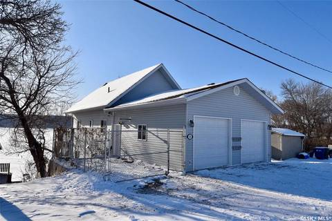 House for sale at 121 Currie Ave Round Lake Saskatchewan - MLS: SK799908