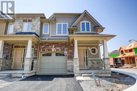 Townhouse for sale at 121 Dunrobin Ln Grimsby Ontario - MLS: 30723530