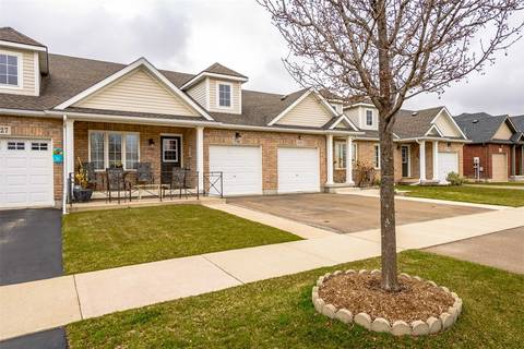 Townhouse for sale at 121 Falcon Dr Welland Ontario - MLS: X4414208
