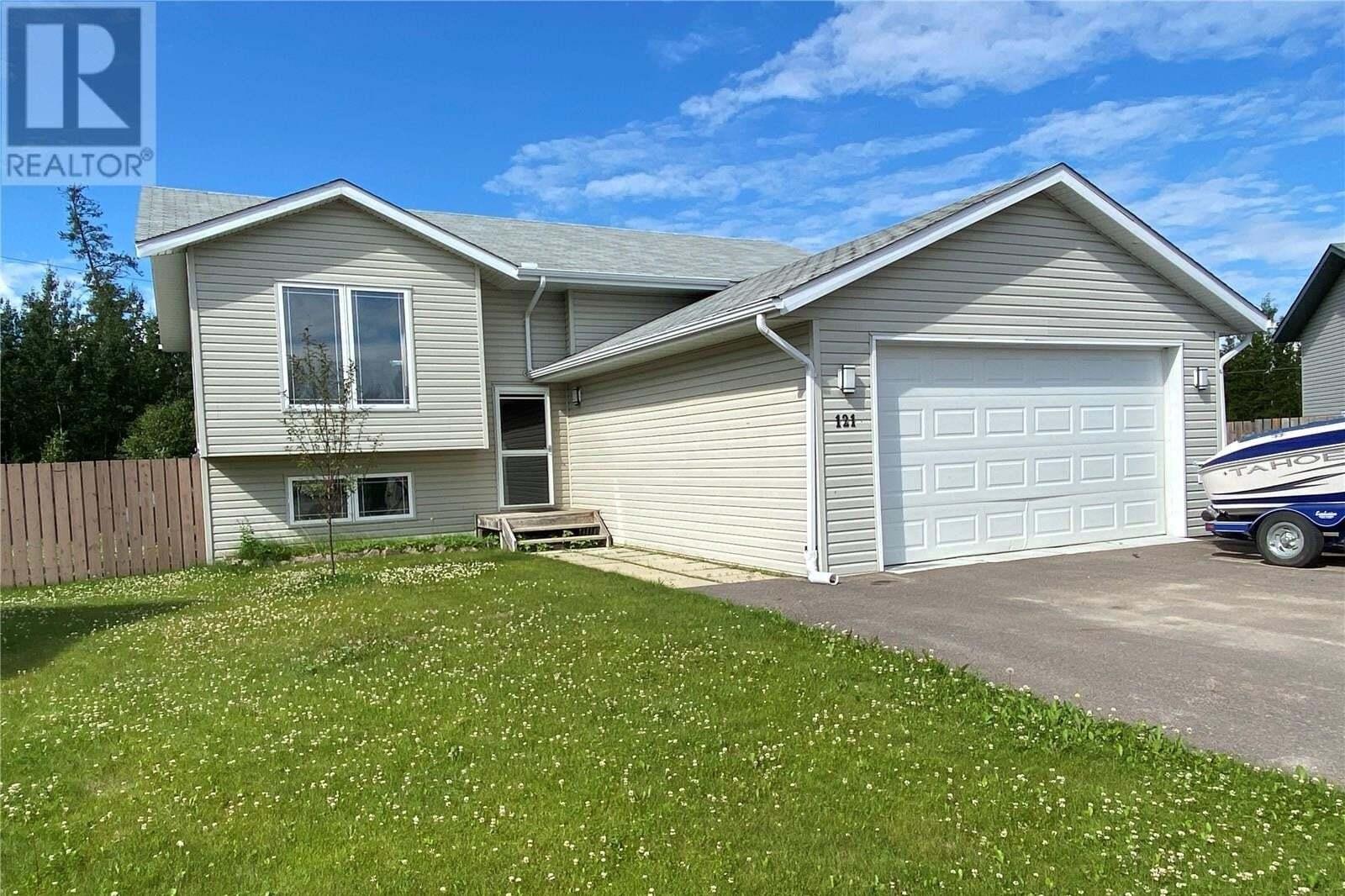 House for sale at 121 Glass Pl La Ronge Saskatchewan - MLS: SK817312